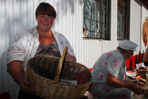 Во сколько обойдется ведро брусники в Кирове